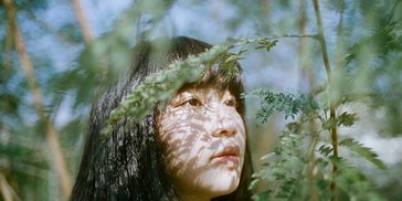 Shooting Dream-Like Portraits with the Daguerreotype 2.9/64 Art Lens
