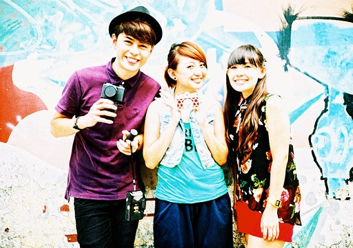 Lomowalk with 8Style TV Host: Cheryl Lee and Jeff Lim!