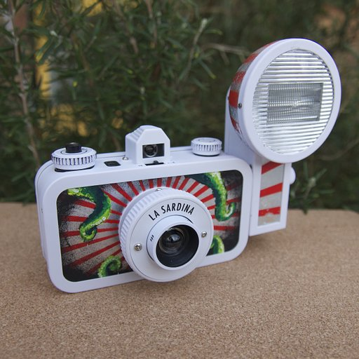 Lucy and her Kraken La Sardina: an Interview