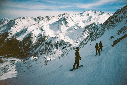 Around the World in Analogue: Skiing in Verbier