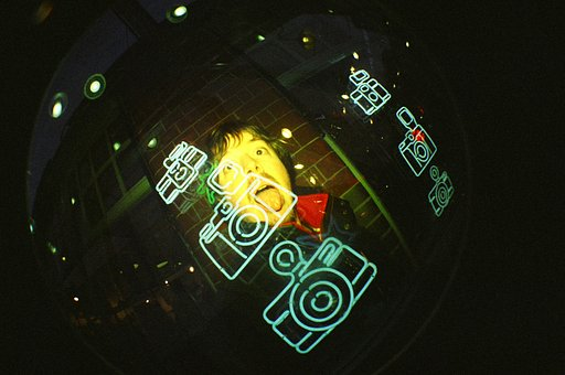 I'm Lomohome of the Day // Soy Lomohome del día