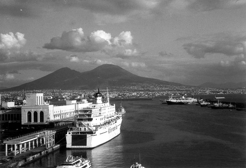 A Salute to the Masters: Street Photography in Ischia and Procida (A Tribute to Bruno Barbey)