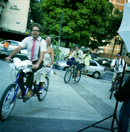 Urban, Bike Wedding in Medium Format with Yashica Mat 124