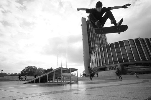 Spacious Skateboard Shots by Mathieu Aghababian with the Atoll Ultra-Wide 2.8/17 Art Lens