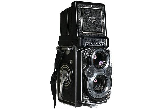 Rolleiflex 35F - Staff Review