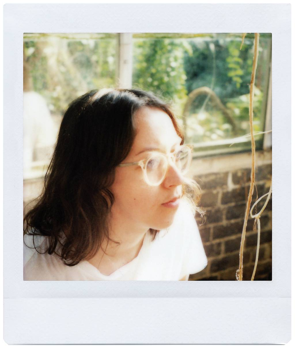 Leanne Surfleet Seeing the Self with the Lomo'Instant Square Glass