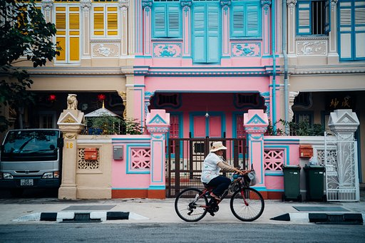Marianne Chua: From Malaysia to Singapore with the  Lomo LC-A Minitar-1 Art Lens