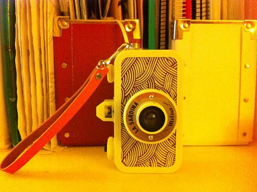 How to Put a Handstrap on your La Sardina