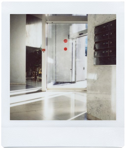 Instant Architectures: Cyrille Robin and the Lomo'Instant Square