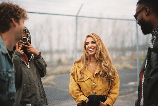 Pure Moment: On Tour with Alina Baraz