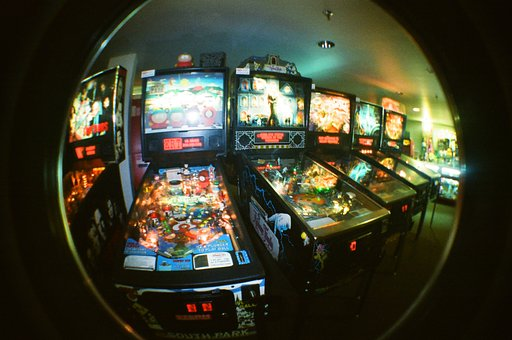 Pinballz Arcade: Date Night with Long Exposures