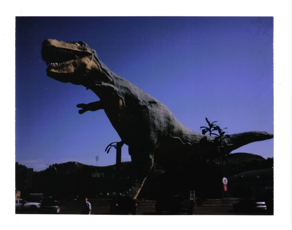 World's Largest Dinosaur - Summer Road Trip - LomoStop #1