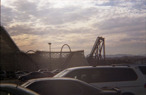 Six Flags Magic Mountain (Valencia, CA)