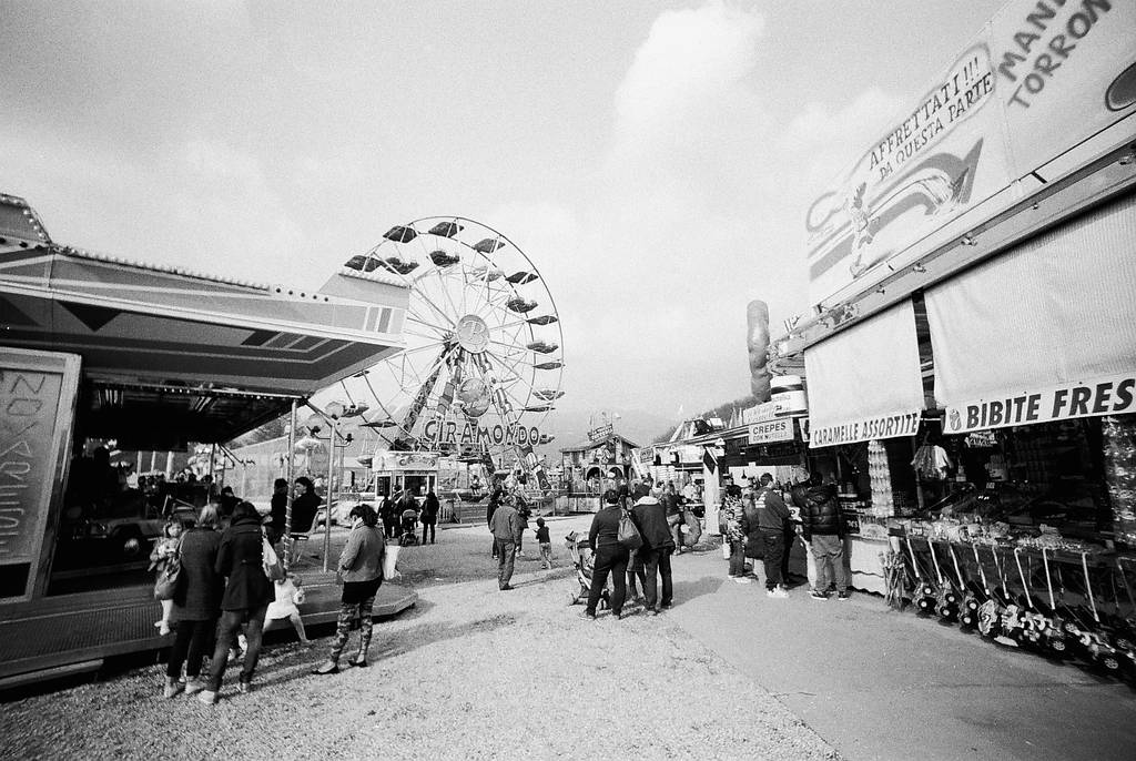 Solo Photowalk Routes: A Day at Fun Fair