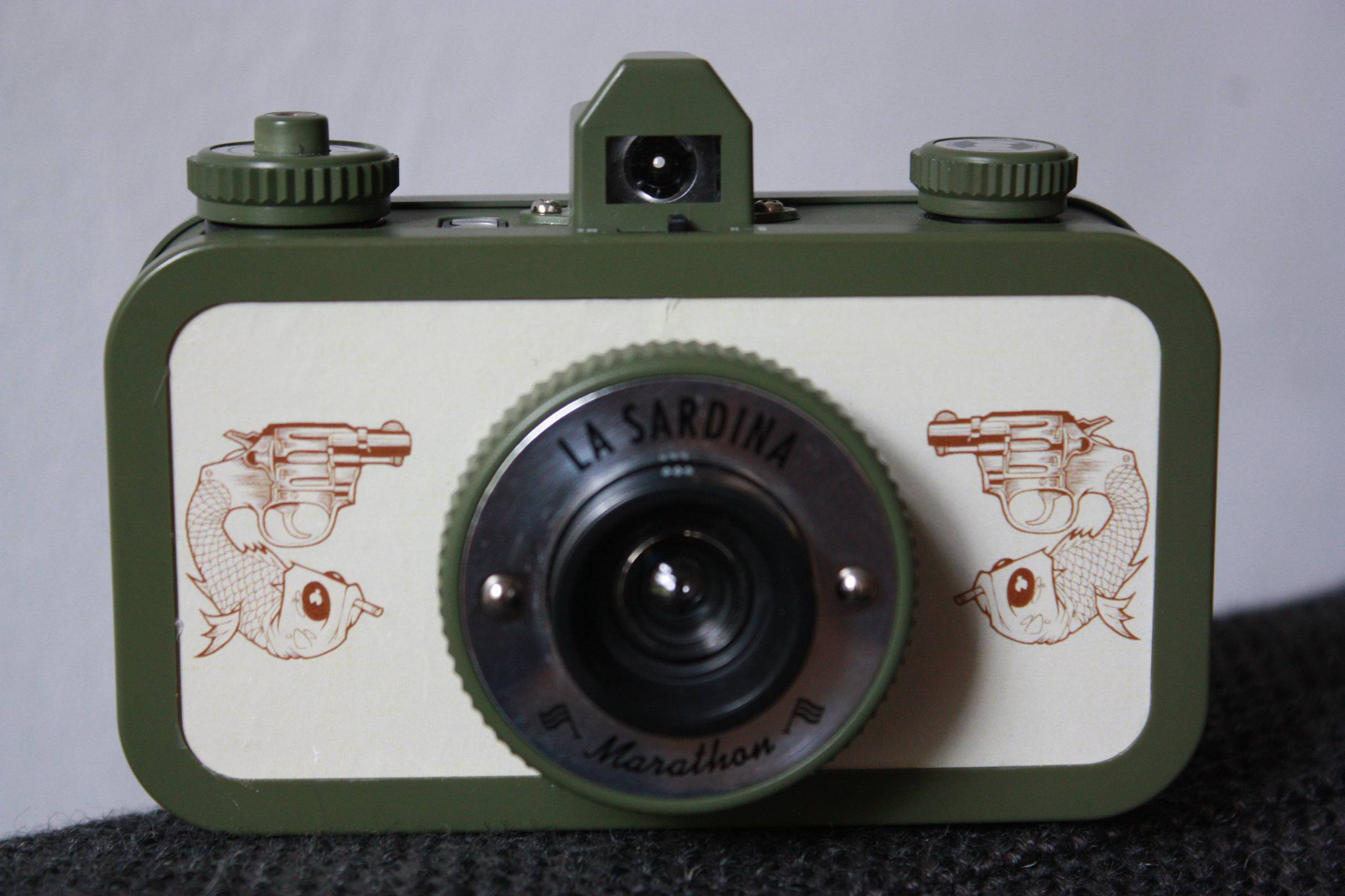 How To Customize Your La Sardina And Make It One Of A Lomography Digital Camera Diagram Film My Journey Credits Bloomchen