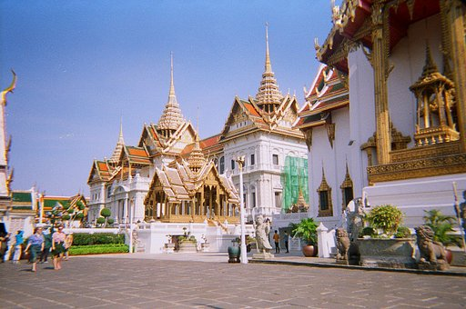 Around the World in Analogue: Bangkok, Thailand