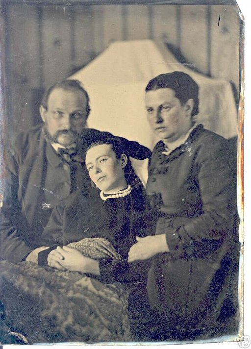Memento Mori: Spooky Post Mortem Photography