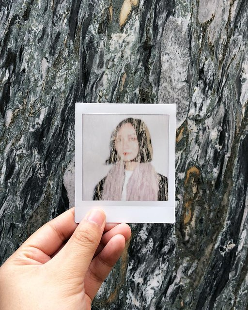 Four Reasons Why You Need the Lomo'Instant App in Your Life
