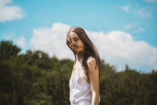 Angelica Trinco: Summer Atmosphere with the Petzval 85 Art Lens