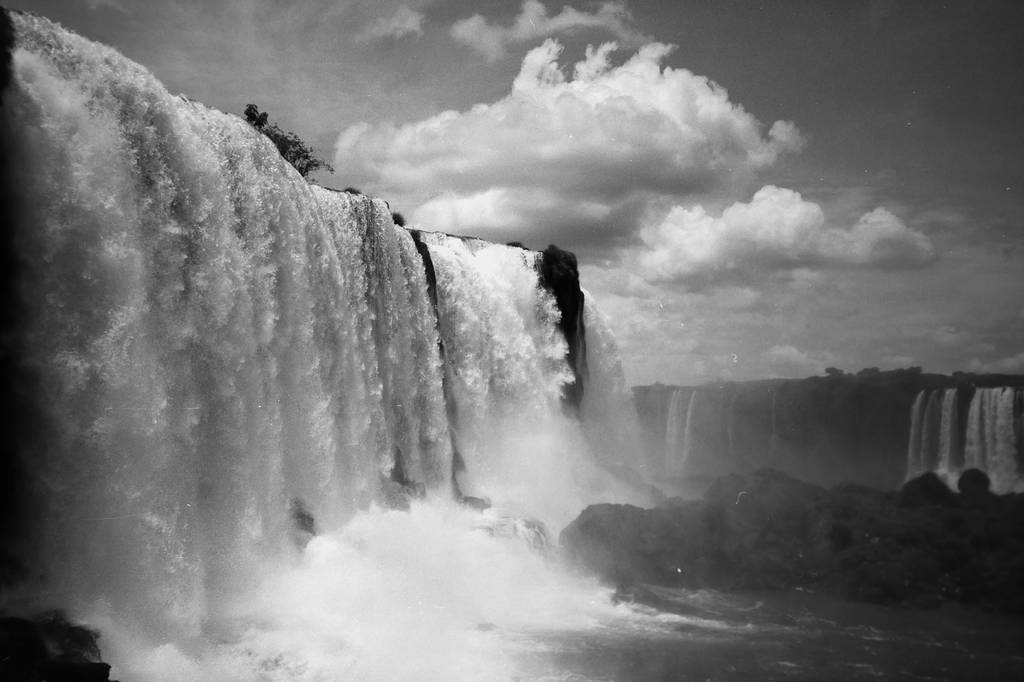 Iguazù Falls, the Brazilian Side in Black and White with my LC-A+