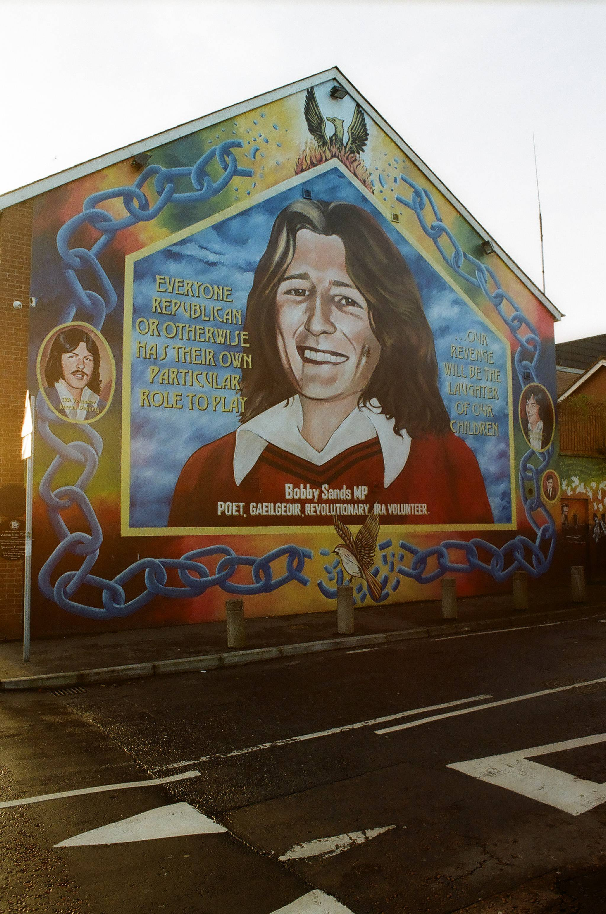 Bobby sands mural kritsalos lomography for Bobby sands mural