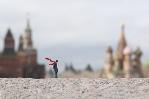 LomoAmigo Slinkachu Shoots the Streets of Moscow With the Diana F+