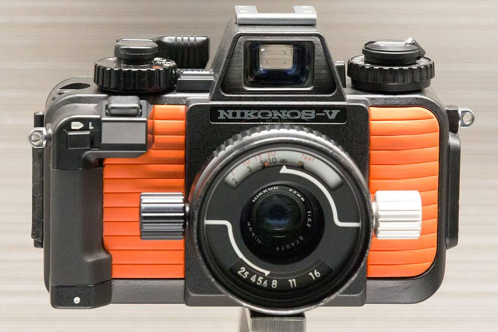 Nikonos V – The Ultimate Amphibious Camera