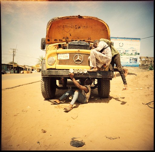 The world according to Herr Willie – Stretched Terrains – on wheels through Westafrica  - Part One