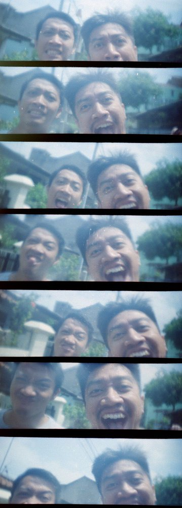 LomoKino: Life in Moving Pictures!