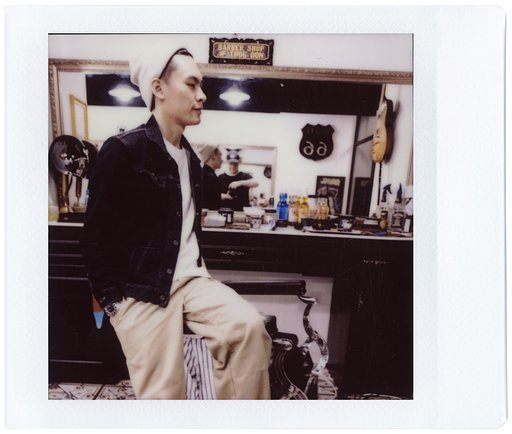 【Lomo'Instant Square Glass】Black Rose Barber Shop 主理人 Don 的理髮之旅