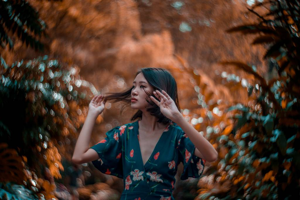 Awakening of Passions with Audrey Kwok and the Petzval 85 Art Lens