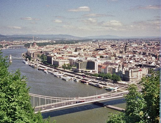 Budapest: A City of Two Sides
